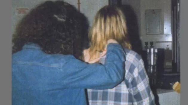 Прядь волос Курта Кобейна ушла с молотка за 14 тысяч долларов